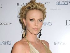Charlize Theron, rol in SF-ul