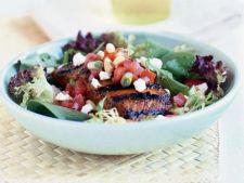 Salata cu somon la gratar