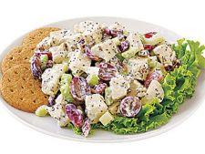 Salata de pui cu struguri si nuci