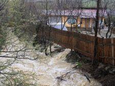 Avertizare meteo: Cod galben de inundatii in 10 judete