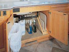 Cum folosesti spatiul de sub chiuveta din bucatarie
