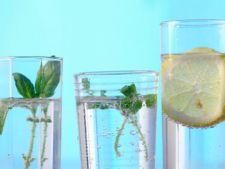Prospetime si savoare intr-un pahar: modalitati de a aroma apa de baut