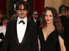 Johnny Depp isi doreste sa o recucereasca pe Vanessa Paradis