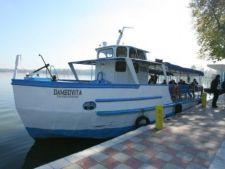 Plimbari gratuite pe lacul Herastrau, luni si marti