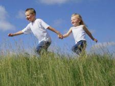 Boala Lyme (muscaturii de capusa), pericolul din parcuri pentru copii