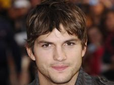 Ashton Kutcher, inca un sezon in