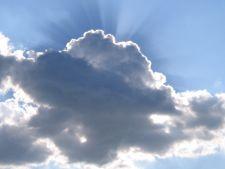 Prognoza meteo - Cum va fi vremea in weekend-ul 5-6 mai 2012