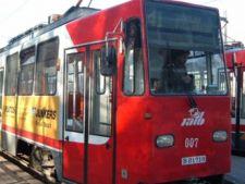 Accident rutier in Bucuresti: 4 tramvaie s-au ciocnit in Pasajul Lujerului