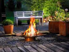 Cum amenajezi locul din gradina pentru focul de tabara sau focarul exterior