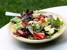 Retete de salate pentru o masa usoara si hranitoare