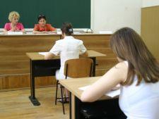 Bacalaureat 2012: Ministerul Educatiei majoreaza cu 15% sumele platite profesorilor corectori