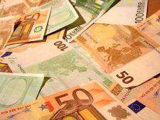 Cursul leu/euro a atins un nou maxim istoric