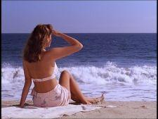 6 piese esentiale pentru plaja in 2012