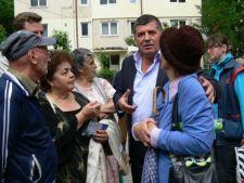 Alegeri locale: Emanoil Savin (PDL) s-a intalnit cu alegatorii din Busteni