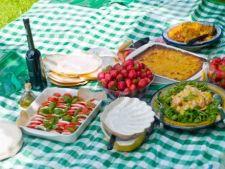 O branza buna si o paturica: cum te pregatesti de picnic