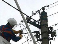 Cluj: 9 localitati au ramas fara curent electric din cauza unei furtuni