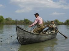 Taxa de pescuit din Delta Dunarii ar putea fi anulata
