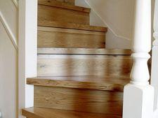 Scari interioare din lemn - cum alegi produsul potrivit