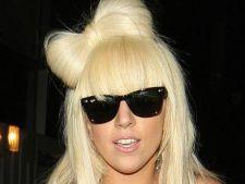 Lady Gaga s-a impacat cu actorul Taylor Kinney
