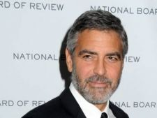 George Clooney va produce un film inspirat dupa piesa de teatru