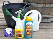 Produse necesare pentru ingrijirea plantelor