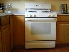 Cum sa cureti cuptorul cu gaz