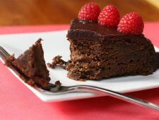 Budinca cu zmeura si ciocolata