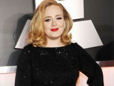 Adele a anuntat ca este insarcinata