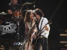 Aerosmith amana lansarea albumului