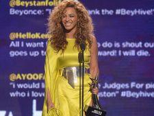 Beyonce si Chris Brown sunt marii castigatorii ai galei BET Awards 2012