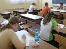 BAC 2012: Elevii sustin azi proba scrisa obligatorie a profilului