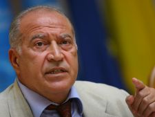 Dan Voiculescu il da in judecata pe Traian Basescu