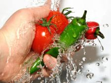 Cum sa previi intoxicatiile alimentare din timpul verii