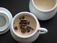 Panna cotta cu scortisoara si cafea