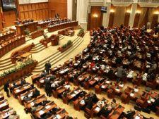 Parlamentul este convocat in sesiune extraordinara, saptamana viitoare, pe tema referendumului