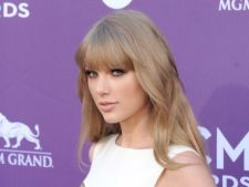 Secretele de machiaj folosite de Taylor Swift