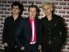 Green Day a lansat single-ul