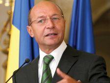 Basescu: Le cer lui Ponta si Antonescu sa isi asume responsabilitatea pentru deprecierea leului