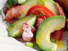 Salata de avocado si bacon