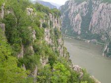 Ce ofera o vacanta in Cazanele Dunarii