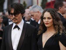 Johnny Depp se intoarce la Vanessa Paradis?