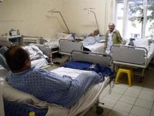 Asiguratii pot solicita decontarea cheltuielilor personale facute pe durata spitalizarii