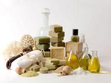 ADVERTORIAL - Beneficiile uleiurilor vegetale pentru frumusetea ta