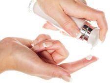 Cum sa alegi crema hidratanta ideala pentru tenul tau
