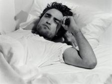 Robert Pattinson vrea sa o intalneasca pe sotia lui Rupert Sanders