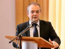 Emil Boc: Cine vorbeste de un al doilea referendum nu cunoaste textul Constitutiei