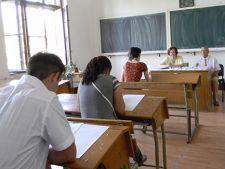 Tentative de frauda la titularizare: 40 de profesori au fost eliminati din examen