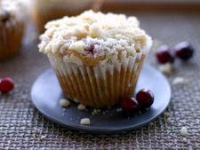 Muffins cu zmeura si mure