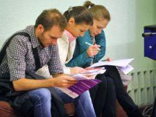 Sondaj: Absolventii facultatilor economice au cele mai mari sanse de angajare