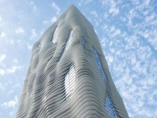 Hotelurile noi: de la arhitectura ondulata la hoteluri low cost
